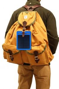 Viator Explorer Napelemes töltő, hátizsákon - Napelemes mobil töltők