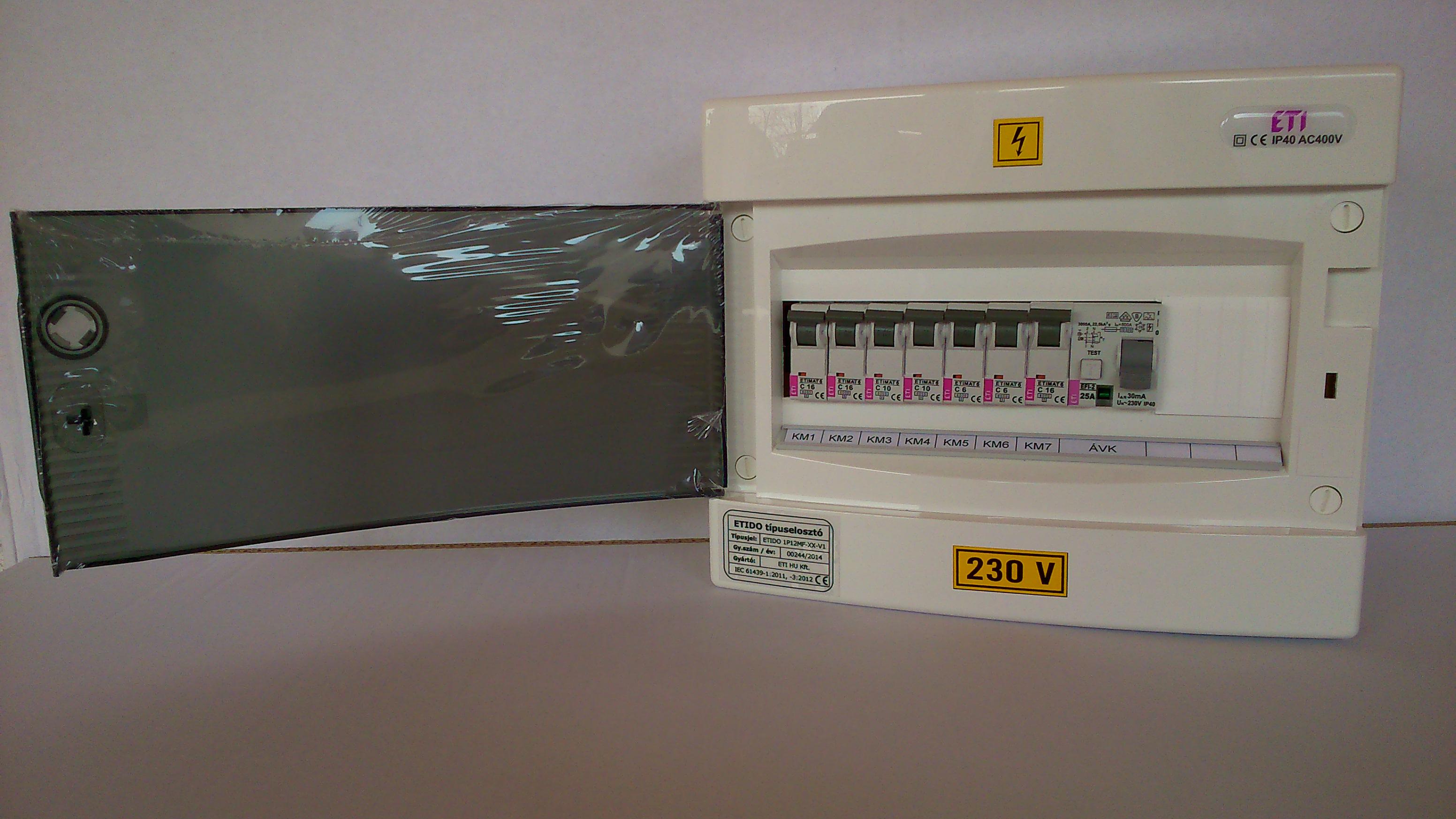 7db kisautomatát és 1 db áramvédő-kapcsoló tartalmató ETIDO lakáselosztó minőségi tanúsítvánnyal