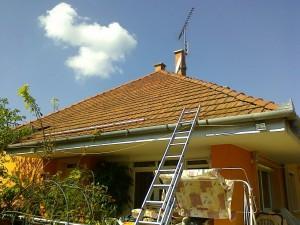 Feladat: annyi napelemet felrakni, amennyit lehet, de az inverter teljesítményéhez is passzoljon