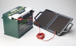 PV-Logic 12V/4W Napelemes töltő, nagy akkumulátorral