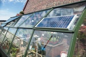 Solar Mate 10W-os Napelemes világítás, üvegházon